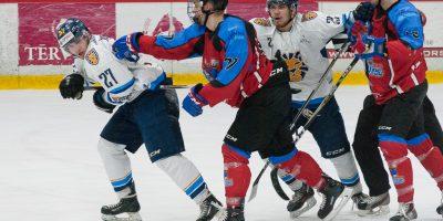 """Optibet hokeja līgas regulārā čempionāta spēle starp HK """"Zemgale/LLU"""" un """"HS Rīga"""" Jelgavas ledus hallē 2018. gada 27. janvārī."""