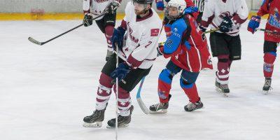 """2017. gada 16. decembrī  Jelgavas Ledus hallē notika labdarības hokeja spēle """"Uzbur svētku prieku"""", kuru aizvadija HK """"Zemgale/LLU"""" un Jelgavas Ledus sporta skolas (JLSS) apvienotā komanda pret Zemgales Amatieru hokeja līgas (ZAHL) izlases komandu."""