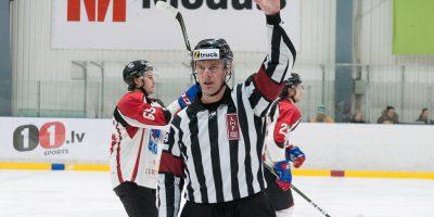 """Optibet hokeja līgas izslēgšanas spēļu kārtas pusfināla pirmā spēle starp HK """"Mogo"""" un HK """"Zemgale/LLU"""" Mogo ledus hallē, Rīgā, 2018. gada 24. februārī."""