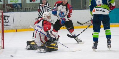 """Optibet hokeja līgas izslēgšanas kārtas otrā spēle starp """"Mogo"""" un """"Zemgale/LLU"""", Mogo ledus hallē, Rīgā, 2018. gada 25. februārī. Mežulis"""