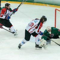 """Optibet hokeja līgas spēle starp HK """"Liepāja"""" un HK """"Zemgale/LLU"""" LOC ledus hallē Liepājā 2018. gada 06. oktobrī."""