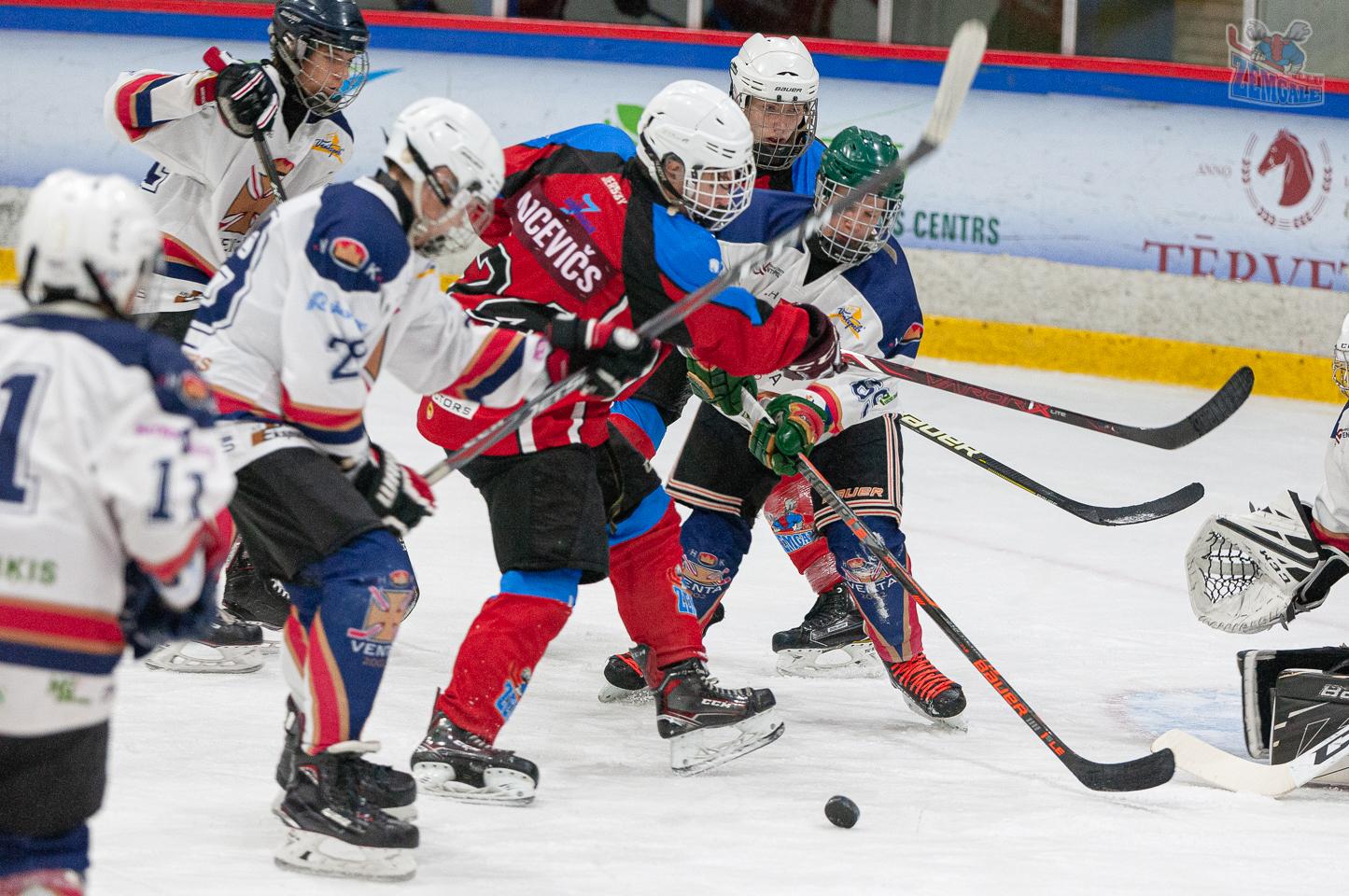 Jelgavas hokeja skola JLSS U17 - Venta 2002 14092019-07