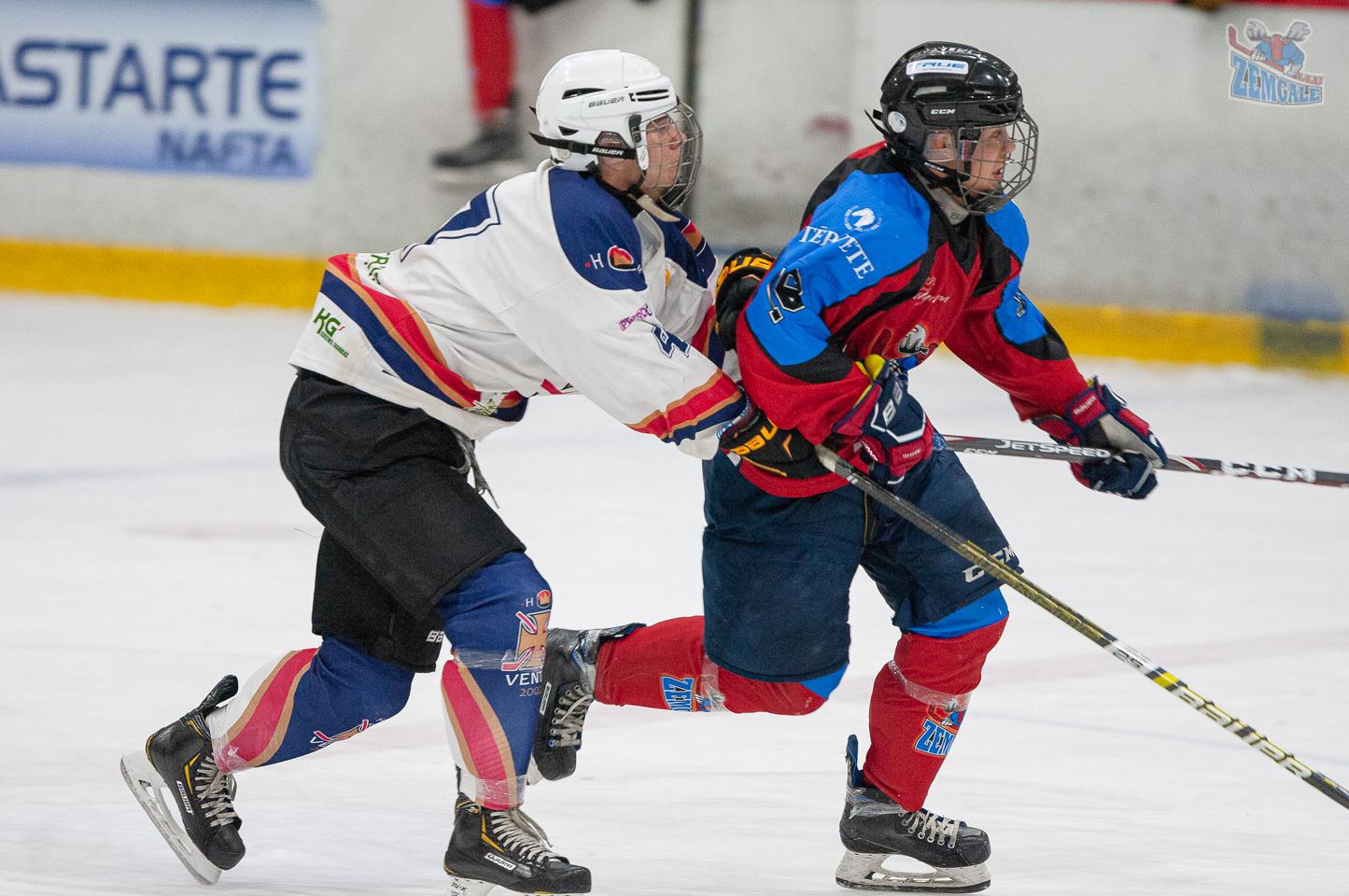 Jelgavas hokeja skola JLSS U17 - Venta 2002 14092019-02