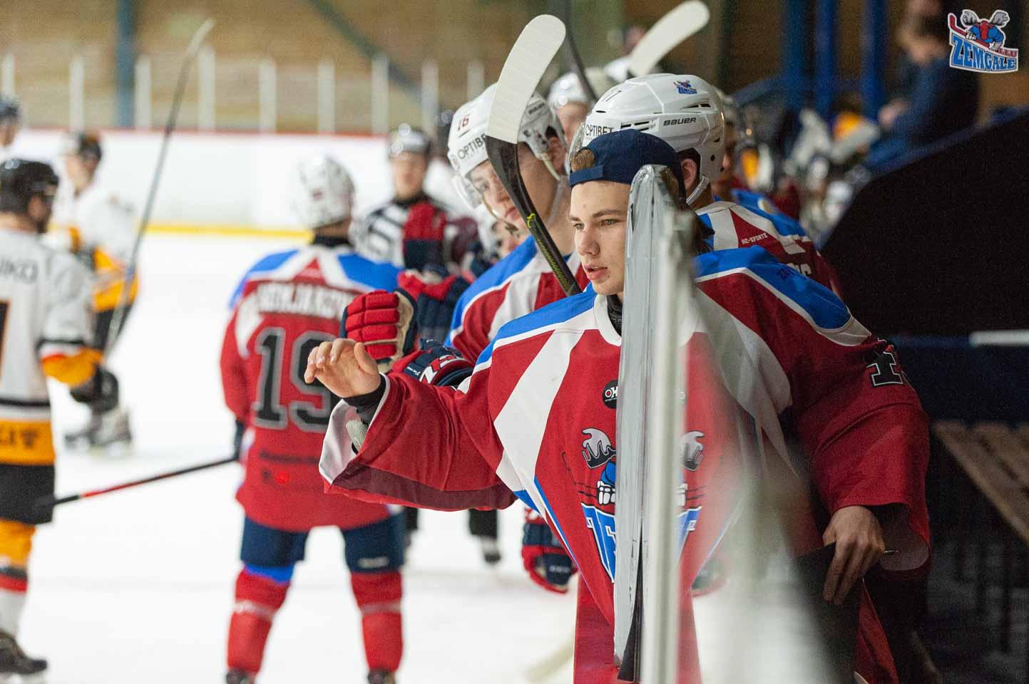 hokejs-1