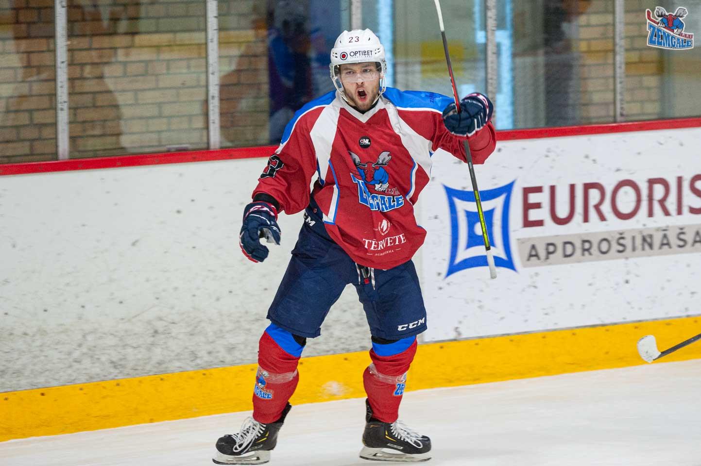 hokejs-2