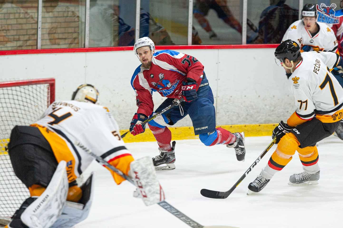 hokejs-5