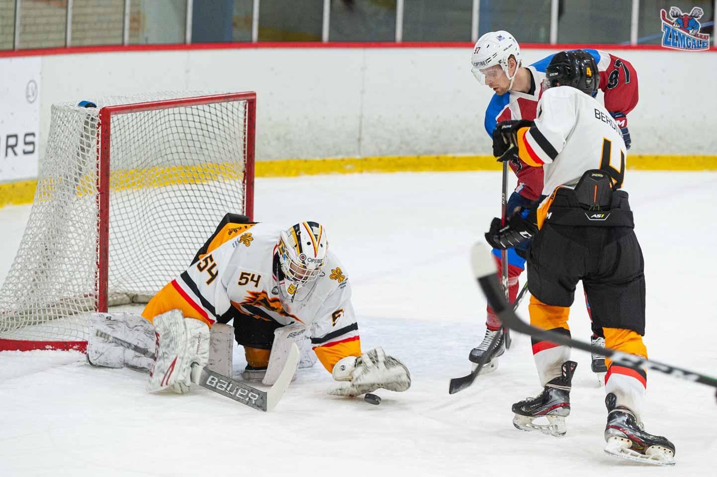 hokejs-6