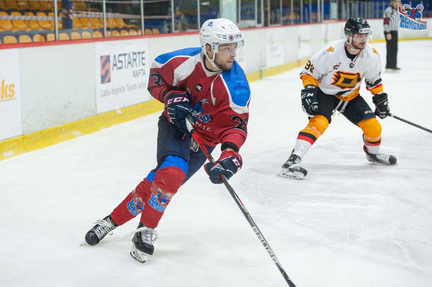 hokejs-8