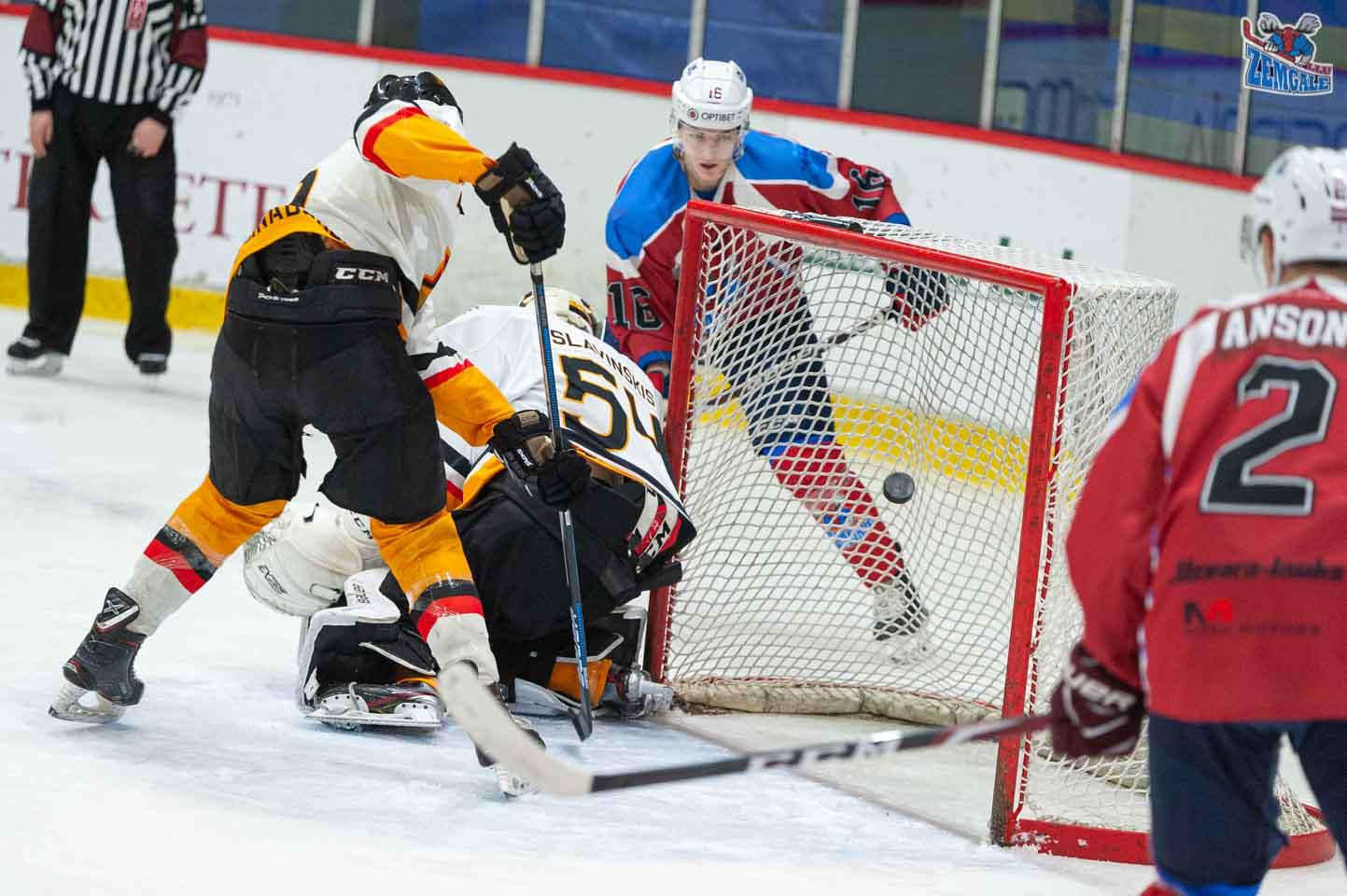 hokejs-10
