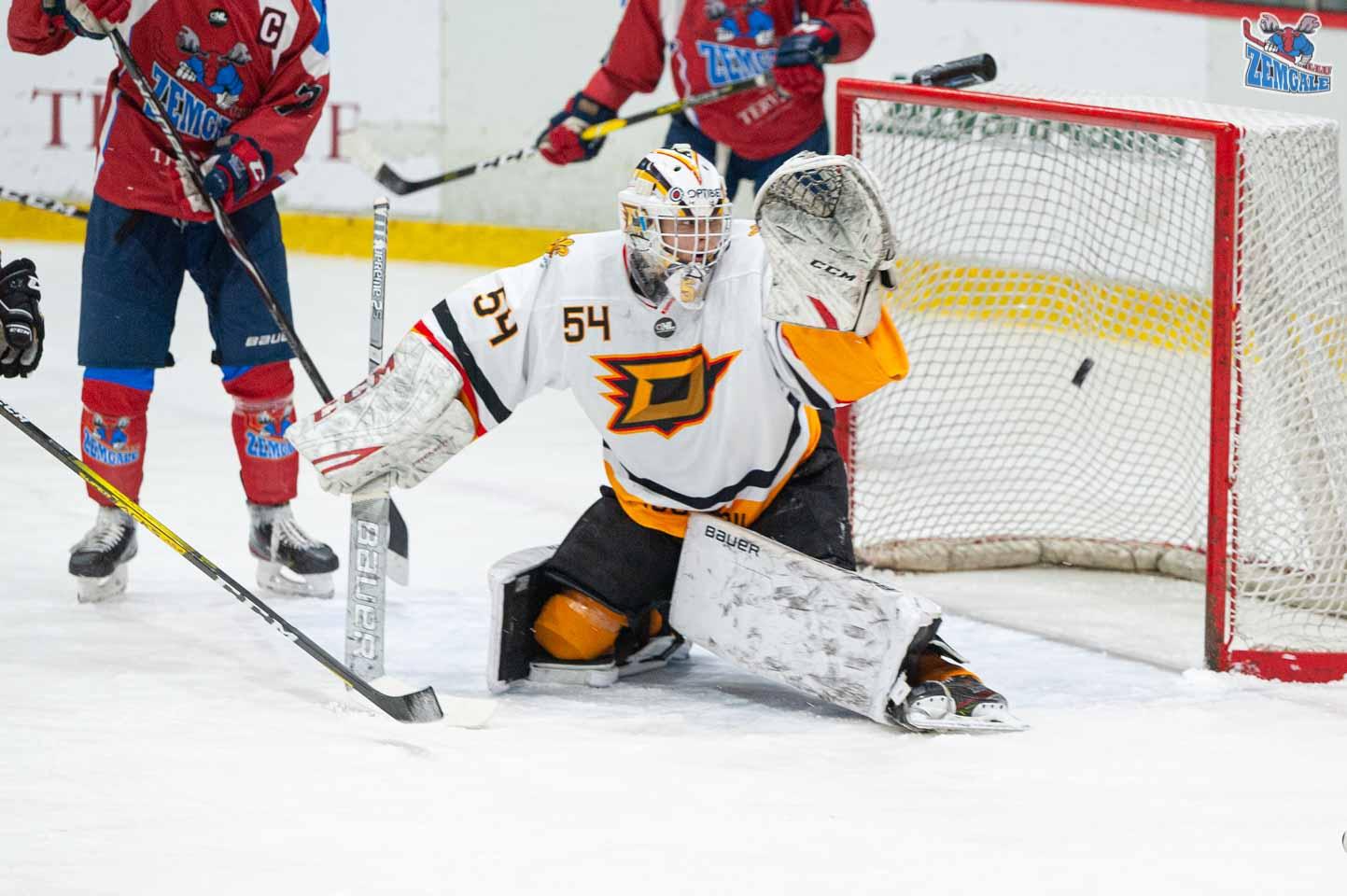 hokejs-15