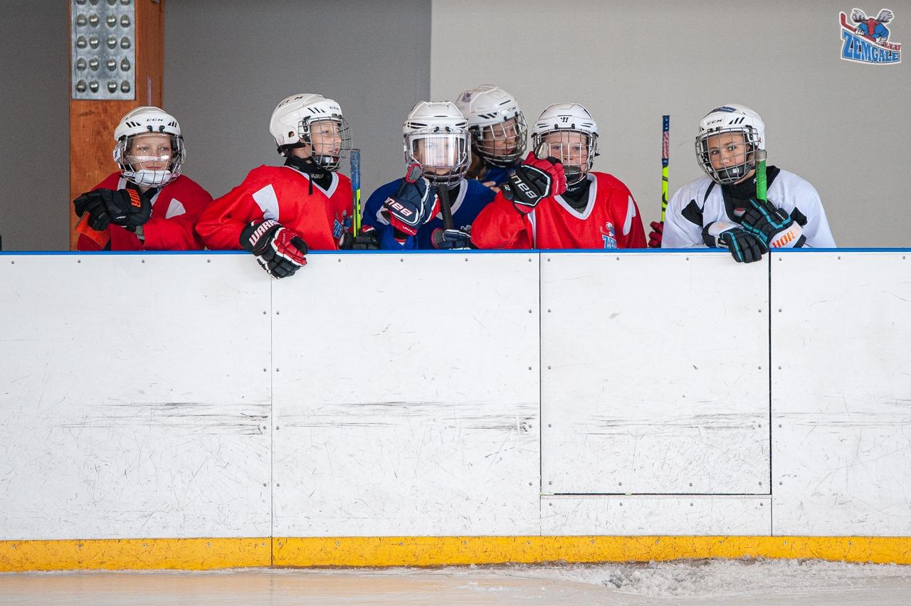 Jelgavas hokejs Pasta salā